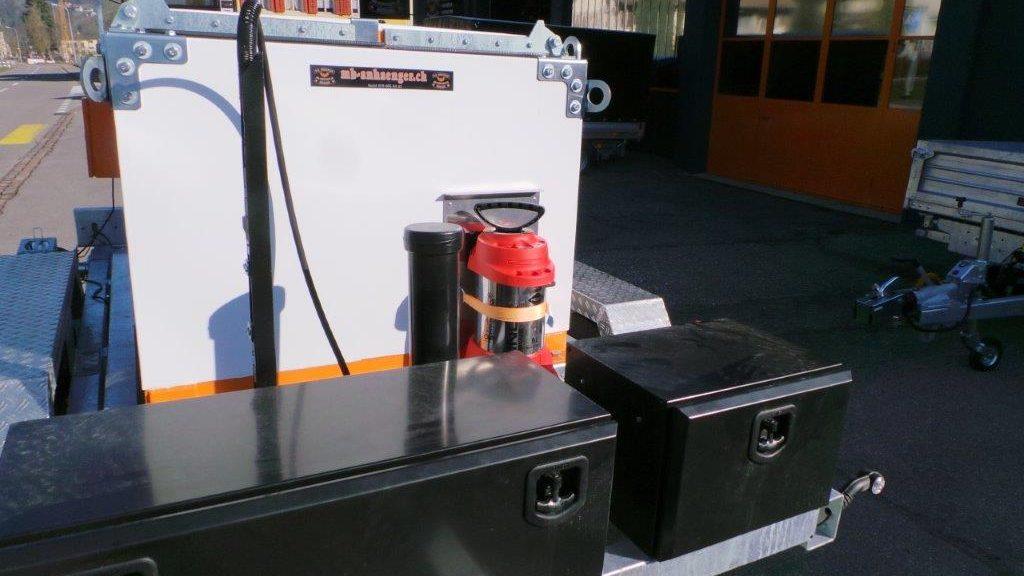 Asphaltanhänger Thermobox